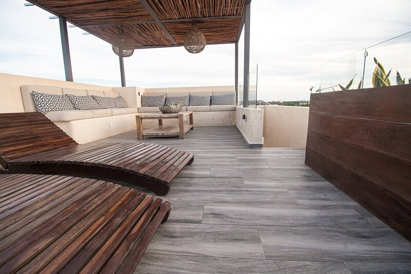 3 Level Luxury Penthouse in the Jungle, holiday rental in Tulum Beach