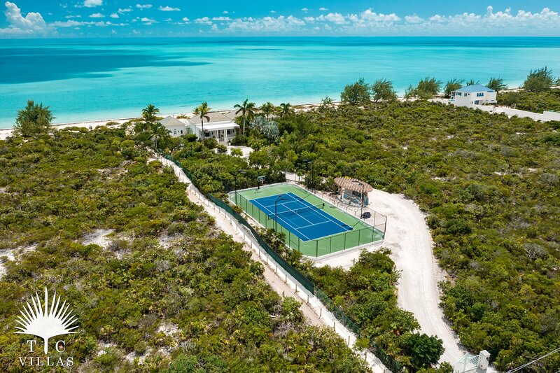 TC Villas // Beach Villa Shambhala // Elegant Mansion on the beach, holiday rental in Five Cays Settlement