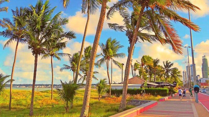 Apto inteiro à beira mar em Cabo Branco, vacation rental in Cabedelo