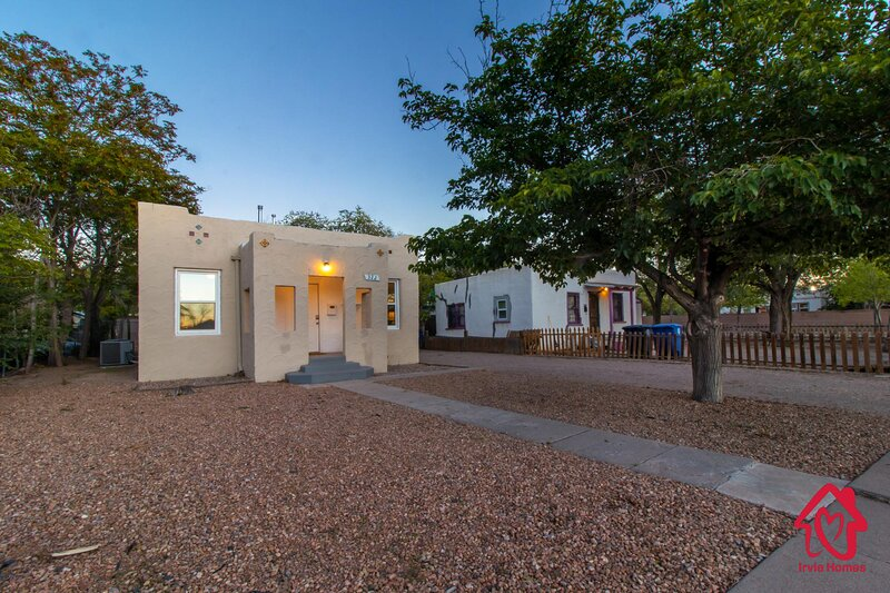 Princeton Place - An Irvie Home, holiday rental in Los Lunas