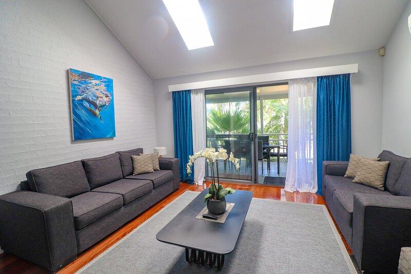 Wintersun Executive Villa - situated in the grounds of Raffertys Resort, alquiler de vacaciones en Cams Wharf