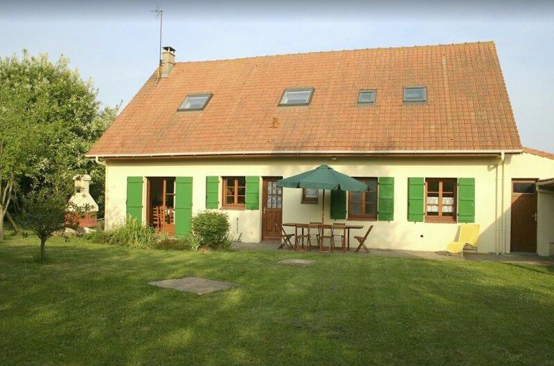 Big house with garden & terrace, holiday rental in Saint-Josse