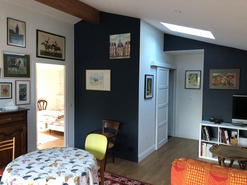 Beautiful apartment with garden, aluguéis de temporada em Martignas-Sur-Jalle