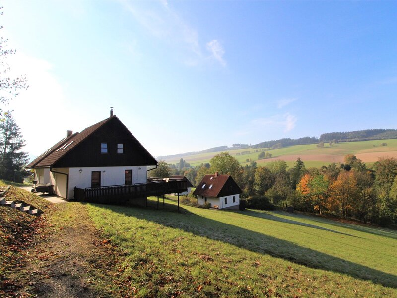 Stárkov, location de vacances à Mezimesti
