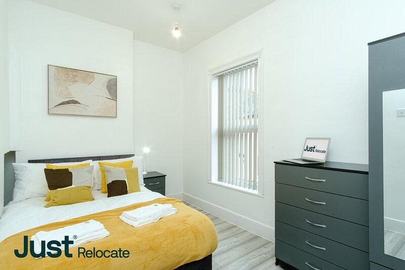 Exceptional Four Bed House For City Breaks, aluguéis de temporada em Derby