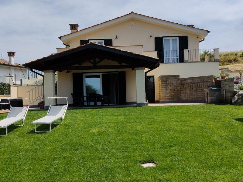 Casa Vacanze Lago Blu, aluguéis de temporada em Trevignano Romano