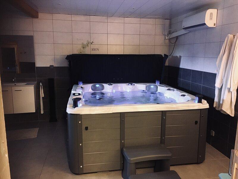 "Gîte Spa Piscine ""côté verger"" Merxheim (68) Alsace (3 chambres, 7 personnes), aluguéis de temporada em Guebwiller"