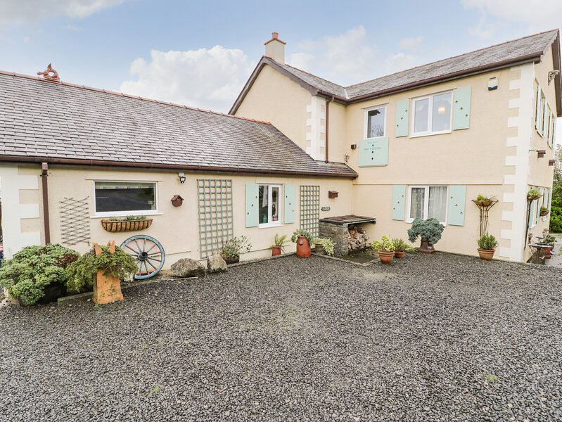 THE ANCHORAGE APARTMENT, with a garden in Tynygongl, Ref 3830, holiday rental in Brynteg