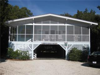 Blue Anchor - Pet Friendly, Pawleys Island