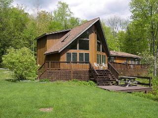 WBM10- Managed by Loon Reservation Service - NH Meals & Rooms Lic# 056365, Woodstock