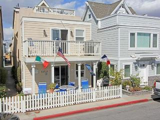 Just one block from the beach, this upper level unit offers you and your family the perfect place to call 'home' for a week at the beach.