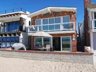 Oceanfront Home - Huge Patio - Walk to Newport Pier, Shops, & Dining! (68178)