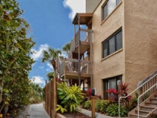 Firethorn 320, Siesta Key