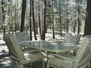 Delightful Sunriver Home with Hot Tub and Large Deck Near Fort Rock Park