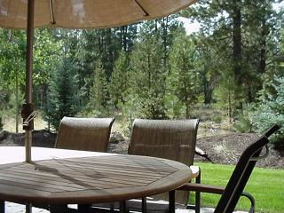High-End with Gas Fireplace and Great Kitchen Near Observatory, Sunriver