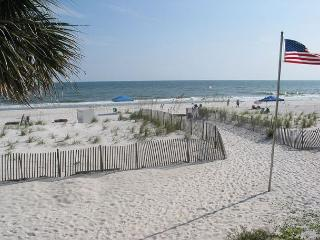 Sandpiper 9C ~ Welcoming Beachside Condo ~ Bender Vacation Rentals, Gulf Shores