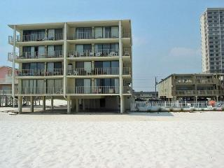 Gulf Village 213 ~ Relaxing Vacation Condo, Gulf Shores