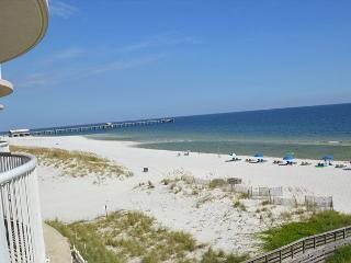 Royal Palms 406 ~Beachfront Condo with Indoor Hot Tub~Bender Vacation Rentals, Gulf Shores