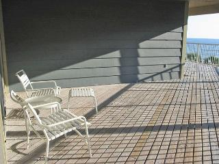 Sandpiper 4C ~ Cool and Comfortable Beachview Condo, Gulf Shores