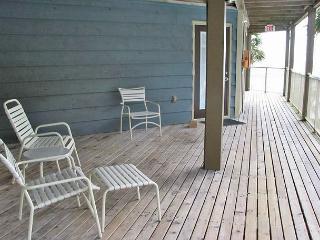 Sandpiper 7A ~ Fun, Stylish Beachview Condo, Gulf Shores