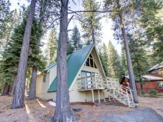 Rustic 3BR chalet w/ views of mountains - COH0653, South Lake Tahoe