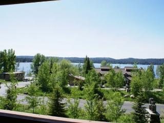 Lake view condo with mountain style decor., McCall