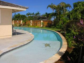 Hale Mahana: Cozy 2 Bedroom home with salt water Pool!, Princeville