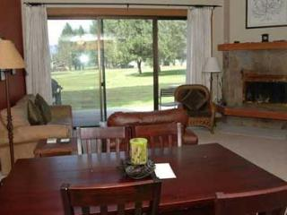 Lodge Condo 031, Black Butte Ranch