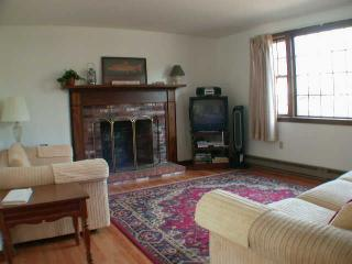 Walk to Beach on Long Pond with 3 A/C's - HA0205, Harwich