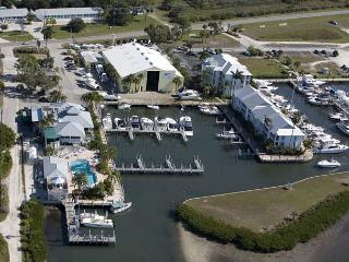 Standard Marina Villa with Access to Palm Island Resort Services & Amenities, Cape Haze
