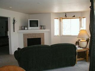 Quail Run #401 - 2 BR Condo, Steamboat Springs