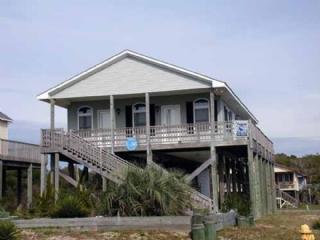 Holidaze, Oak Island