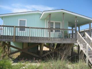 Sea Nest, Oak Island