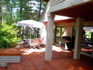 Mt Bachelor Specials Sunriver Home with Cable and Wifi On the Golf Course