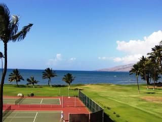 Maui Sunset 421A ~ Spectacular Sunsets from this 2 Bedroom, 2 Bath Condo!, Kihei