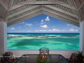 Jasmin Hill - Ocho Rios 6 Bedrooms waterfront