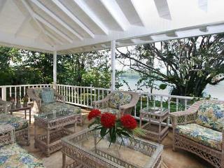 Sea Haven - Discovery Bay 4 Bedroom Oceanfront