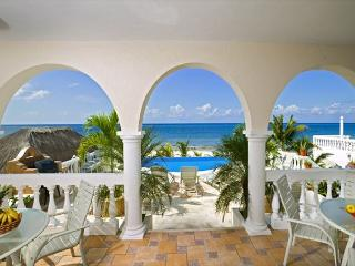 6 BR Beachfront Villa on San Francisco  Beach, directly on the  beach !!!!!, Cozumel