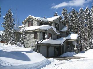 Boulder Ridge Lodge Luxury Ski-in Home Hot Tub Breckenridge Vacation Rental