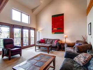 Marina Park Living Room Frisco Lodging and Frisco Vacation Renta