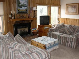 Comfortably Furnished The Lift Condominiums 3 Bedroom Condominium - TL210, Breckenridge