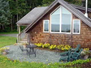 THE GETAWAY ~SPECTACULAR VIEWS of the PACIFIC OCEAN AND NEAHKAHNIE MOUNTAIN!!, Nehalem