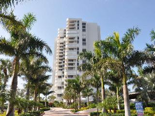 Royal Seafarer - RS1002 - Great Beachfront Condo!, Isla Marco