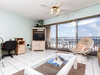 ETW 2004:There's no place like the BEACH! BOOK THIS ALLURING CONDO NOW!