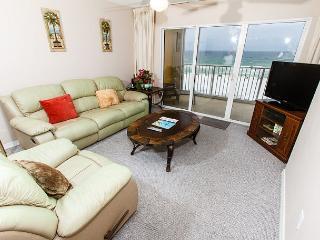 GD 408:UPDATED beachfront condo!WiFi,LCD TVs,pool,BBQ,tennis, FREE BCH SVC, Fort Walton Beach