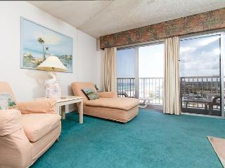 Condo #706:Spacious beach condo-priv balcony,full kitchen,WiFi,FREE BCH SVC, Fort Walton Beach