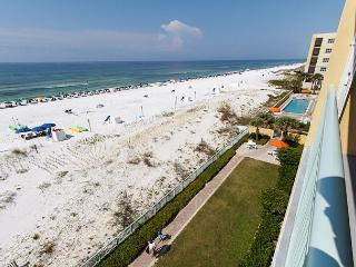 PI 402: Relaxing gulf view condo- flatscreen TV,WiFi,Free Beach Service