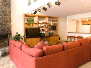Evergreen 604, 2BD, 3BA condo