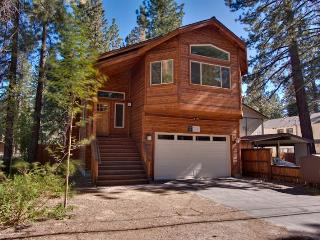 Elegant Home Walking Distance to Lake Tahoe Beaches, Bike Paths and Restaurants (ST43), South Lake Tahoe