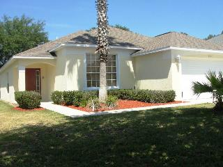 Luxury accommodations 20min to Disney - FH1596, Haines City